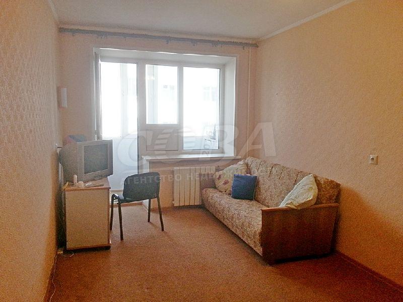 2 комнатная квартира  в центре Тюмени, ул. Урицкого, 44, г. Тюмень