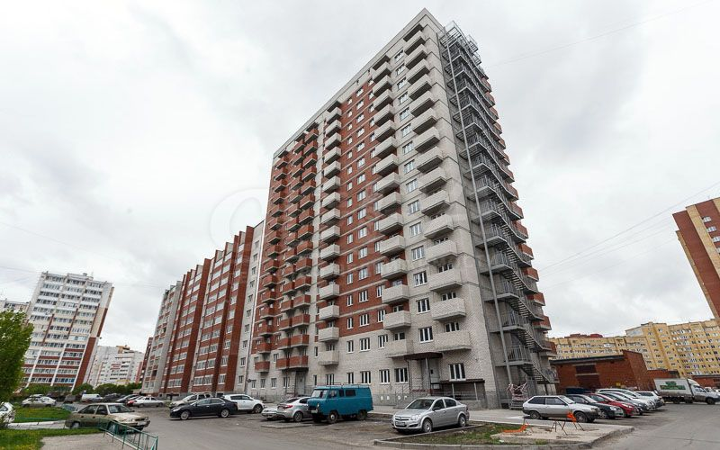 Жилой дом на Широтной