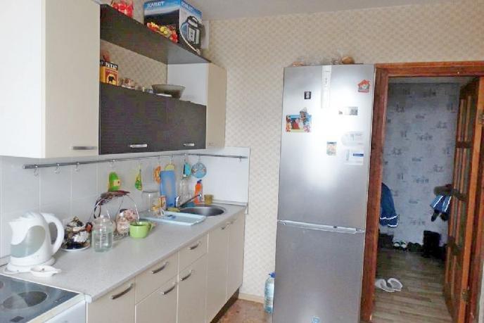 3 комнатная квартира  в Восточном мкрн., ул. Монтажников, 11, г. Тюмень