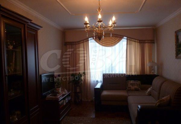 3 комнатная квартира  в районе Нагорный Тобольск, ул. 4-й микрорайон, г. Тобольск, код 149641 - фото 0