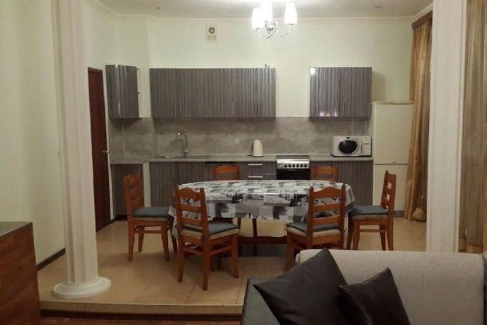 Многокомнатная квартира в аренду в историческом центре, г. Тюмень