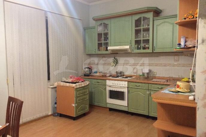 4 комнатная квартира  в 1 микрорайоне, ул. Широтная, 99, г. Тюмень