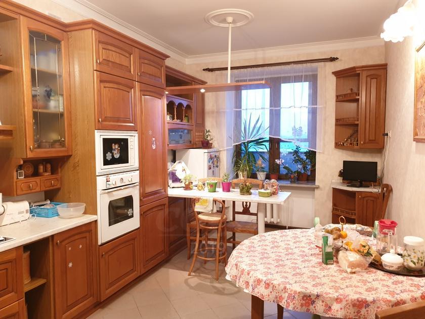 4 комнатная квартира  в центре Тюмени, ул. Герцена, 84/2, г. Тюмень