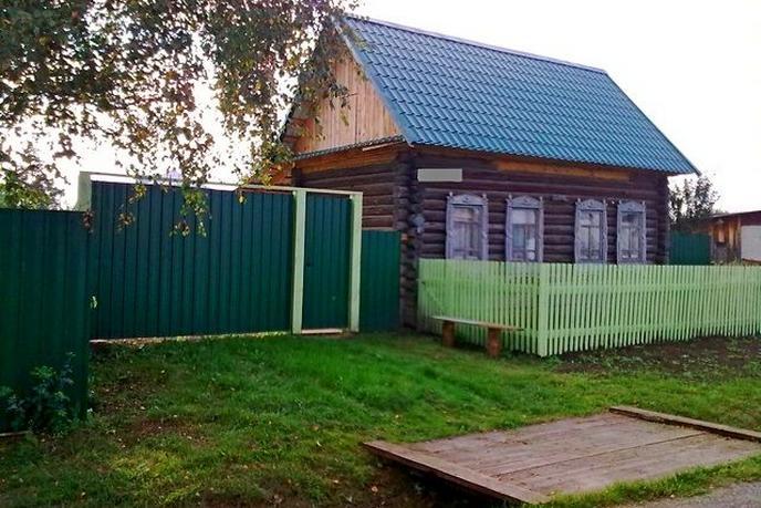 дом у озера с баней, с. Усть-Ницинское, по Ирбитскому тракту
