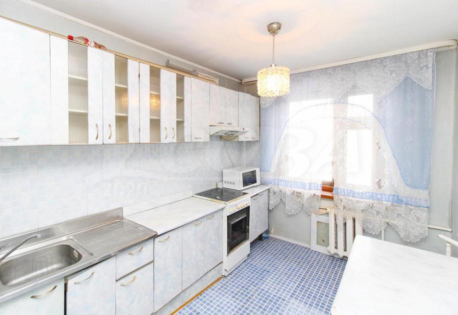 2 комнатная квартира  в районе Нефтегазового университета, ул. Одесская, 44, г. Тюмень