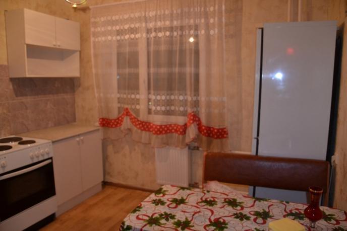 3 комн. квартира в аренду в Тюменском-2 мкрн., г. Тюмень