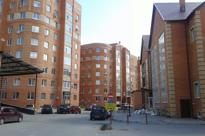 Торговое помещение в жилом доме, продажа, в районе Московский дворик, д. Дударева