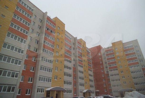 2 комнатная квартира  в Восточном 2 мкрн., ул. бульвар Бориса Щербины, 16, г. Тюмень