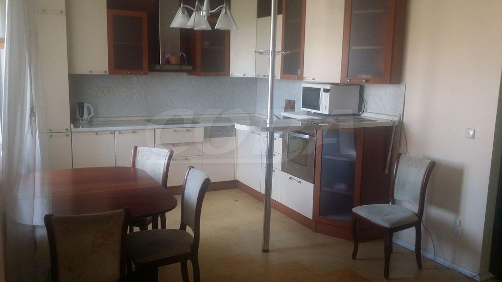 2 комнатная квартира  в районе ул.Елизарова, ул. Елизарова, 8, г. Тюмень