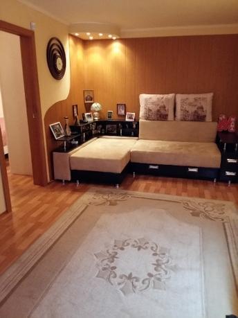 4 комнатная квартира  в районе Менделеево, ул. микрорайон Менделеево, 5, г. Тобольск