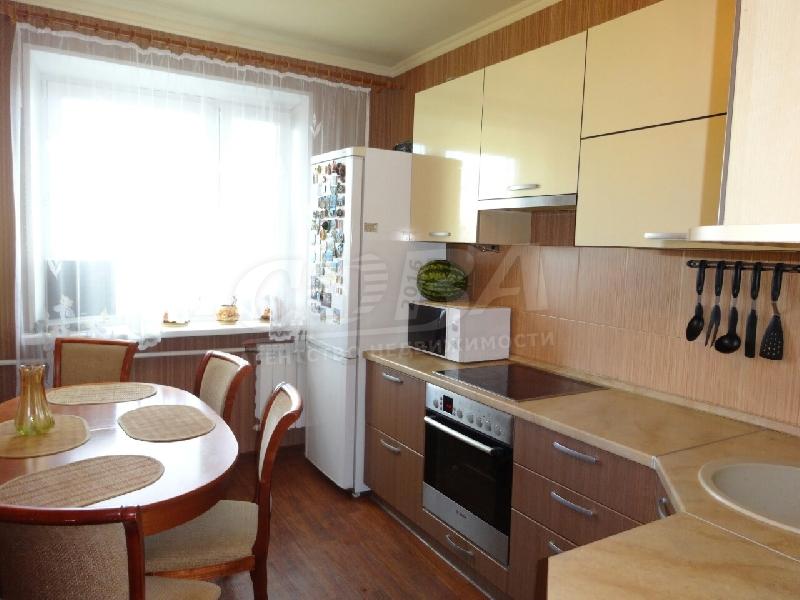 3 комнатная, цена: 3200 000 руб.
