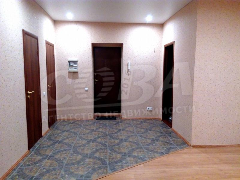 3 комнатная квартира  в районе Выставочного зала, ул. Севастопольская, 4/1, г. Тюмень