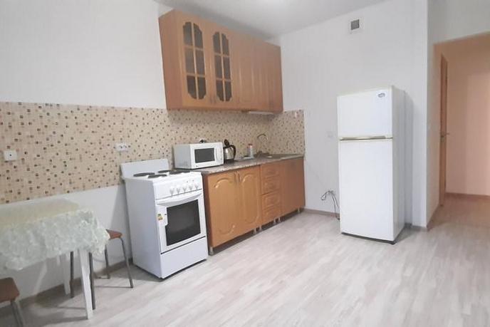 1 комн. квартира в аренду в районе Тюменская слобода, ул. Александра Протозанова, г. Тюмень