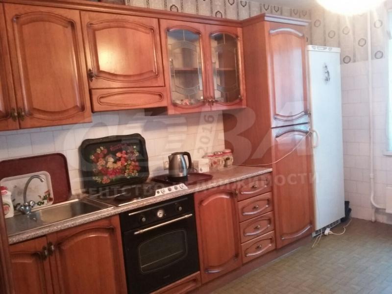 3 комнатная квартира  в районе Южный 2/ Чаплина, ул. Мельникайте, 122, г. Тюмень