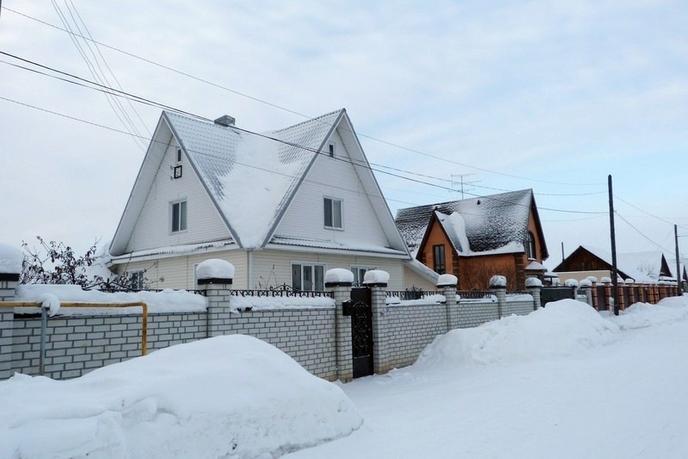 Частный дом с баней, в районе Центральная часть, с. Успенка, по Московскому тракту