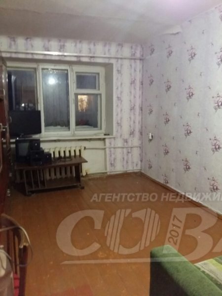 2 комнатная квартира  в районе Левобережье, ул. Калинина, 5, г. Тобольск