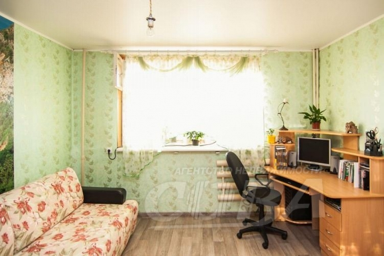 2 комнатная квартира  в районе Электрон, ул. Республики, 237, г. Тюмень