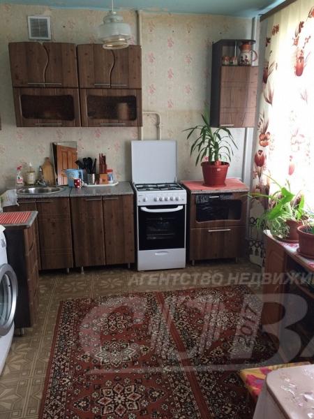 3 комнатная квартира  в центре, ул. Вокзальная, 74, п. Винзили