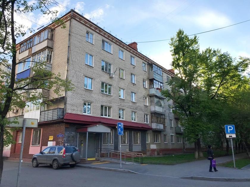 3 комнатная квартира  в районе ул.Елизарова, ул. Щорса, 8, г. Тюмень