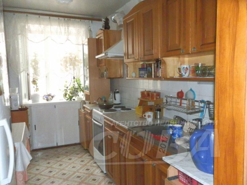 2 комнатная квартира  в Заречном мкрн., ул. Щербакова, 110, г. Тюмень
