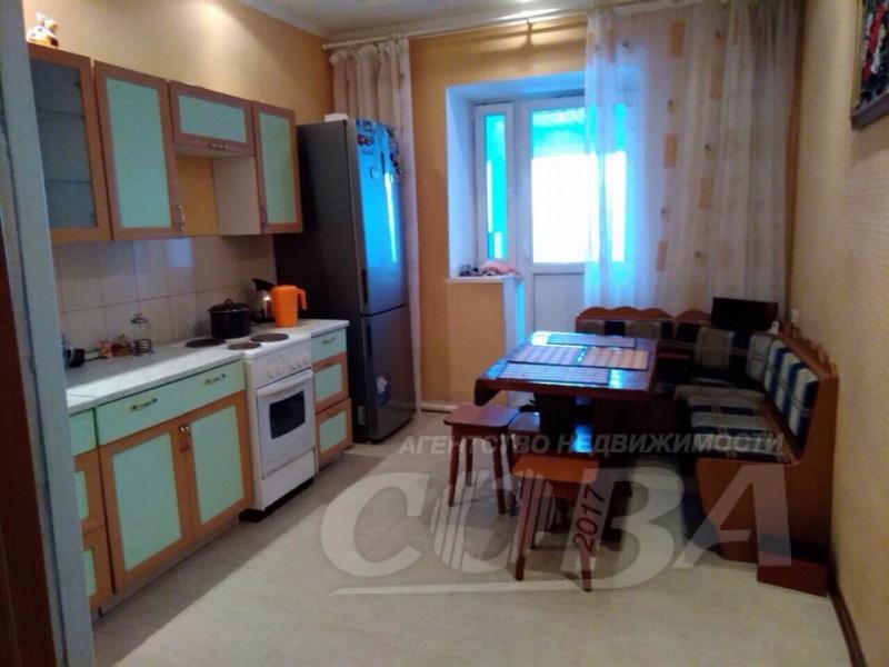 3 комнатная квартира , ул. Центральная, 31А, с. Онохино