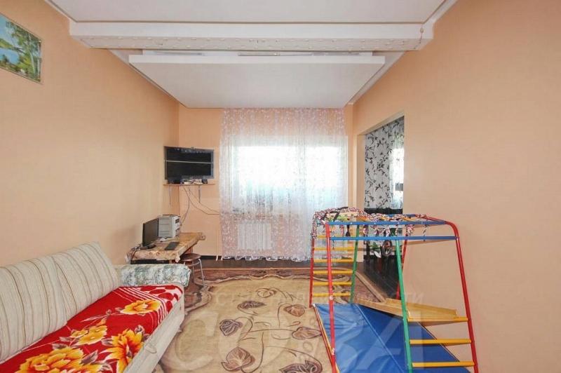 3 комнатная квартира  в районе Югра, ул. Щербакова, 144, г. Тюмень