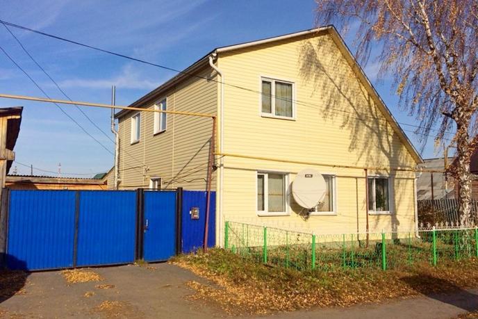 Частный дом с баней, п. Голышманово, по Ялуторовскому тракту