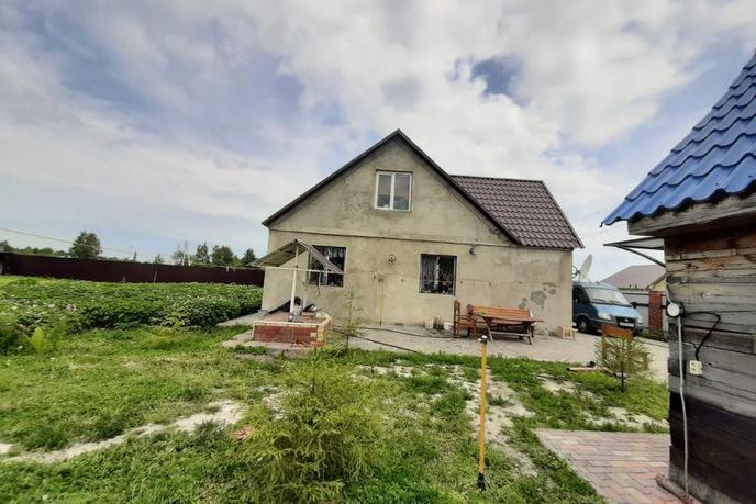 Частный дом с баней, с. Пышминка, по Ялуторовскому тракту