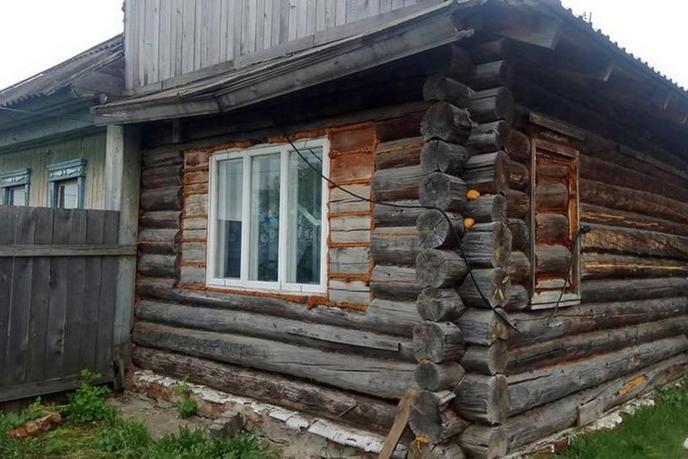 половина частного дома с баней, в районе За мостом, с. Успенка, по Московскому тракту
