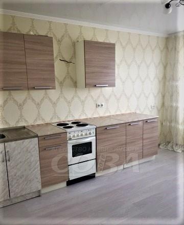 2 комн. квартира в аренду в районе Плеханово, ул. Кремлевская, г. Тюмень