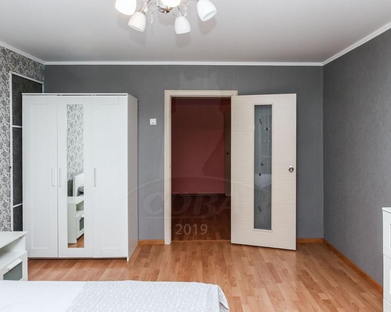 2 комнатная квартира  в районе Драмтеатра, ул. Заводская, 1, г. Тюмень