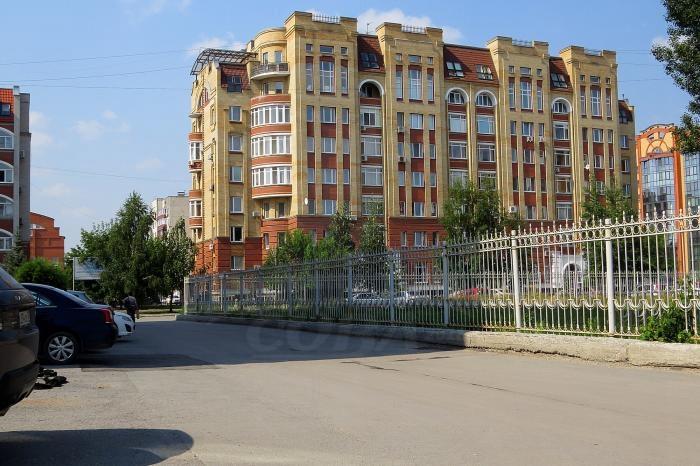 3 комнатная квартира  в районе Выставочного зала, ул. Пржевальского, 35/5, г. Тюмень