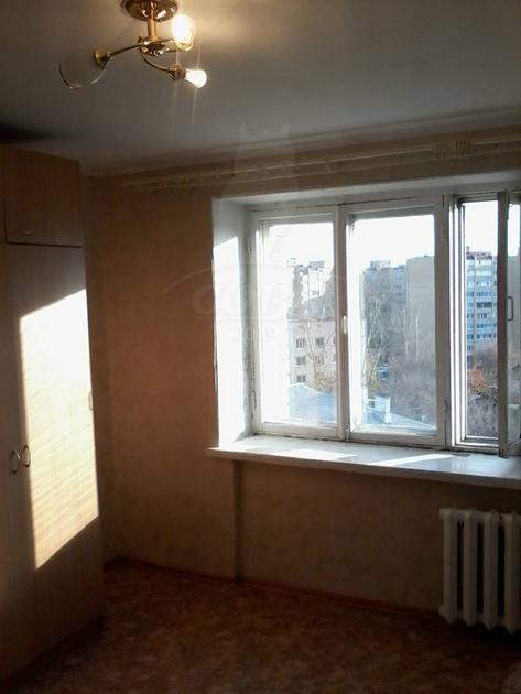 Комната в общежитии в аренду в районе ул.Елизарова, г. Тюмень