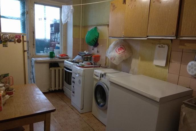 2 комнатная квартира  в районе Иртышский мкр., ул. Иртышский микрорайон, 9, г. Тобольск