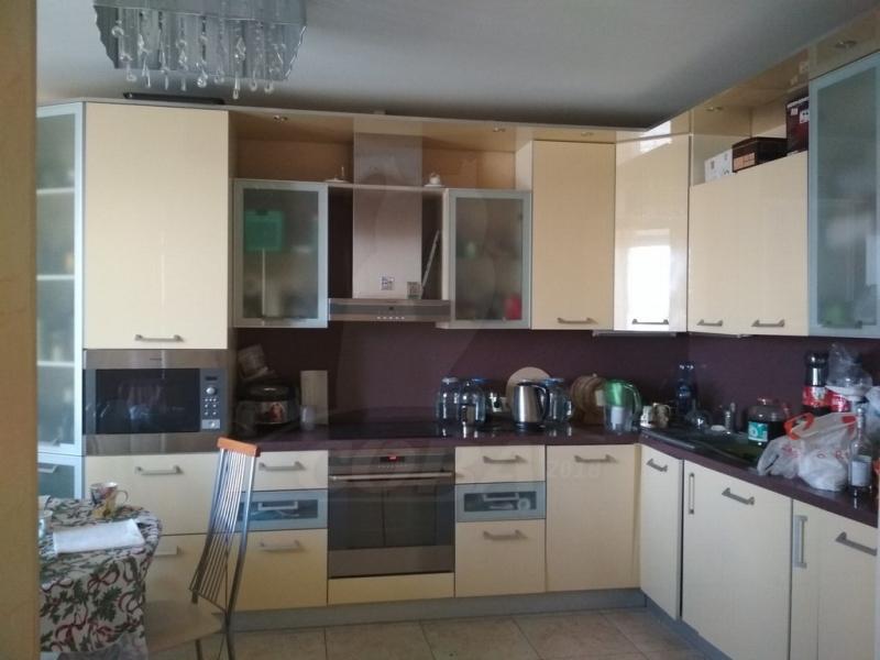 3 комнатная квартира  в районе ЖД Вокзала, ул. Орловская, 52, г. Тюмень