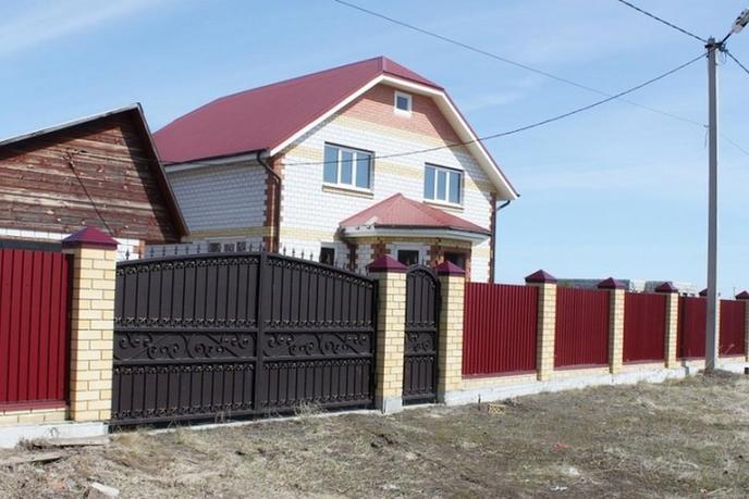 Коттедж с баней, в районе Центральная часть, с. Успенка, по Московскому тракту