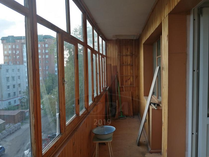 2 комнатная квартира  в районе Нефтегазового университета, ул. Одесская, 40А, г. Тюмень