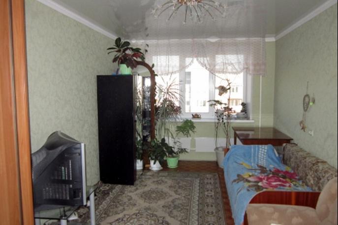 Комната в Южном микрорайоне, ул. Ставропольская, 19, г. Тюмень