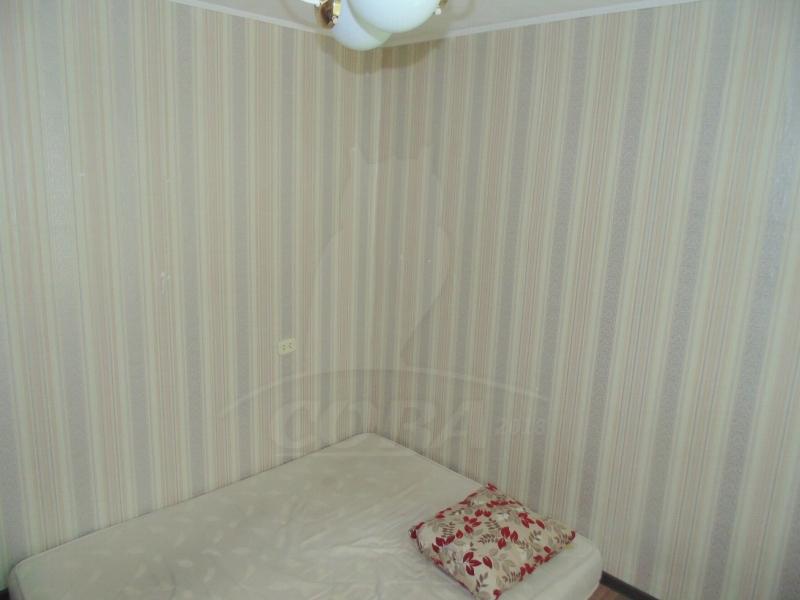 4 комнатная квартира  в районе студгородка, ул. Харьковская, 71, г. Тюмень