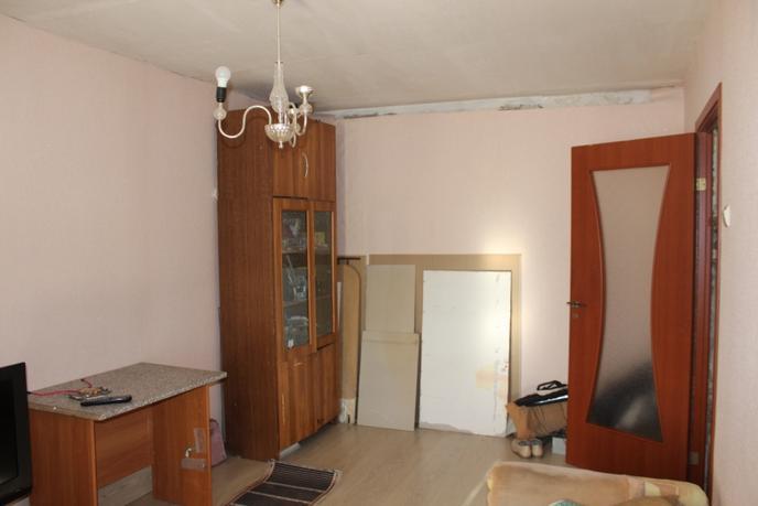 2 комнатная квартира  в центре, ул. Гагарина, 7, п. Винзили