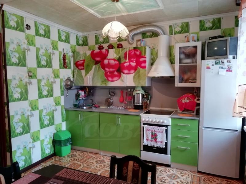 4 комнатная квартира  в районе Червишевского тр., ул. Ставропольская, 4, г. Тюмень