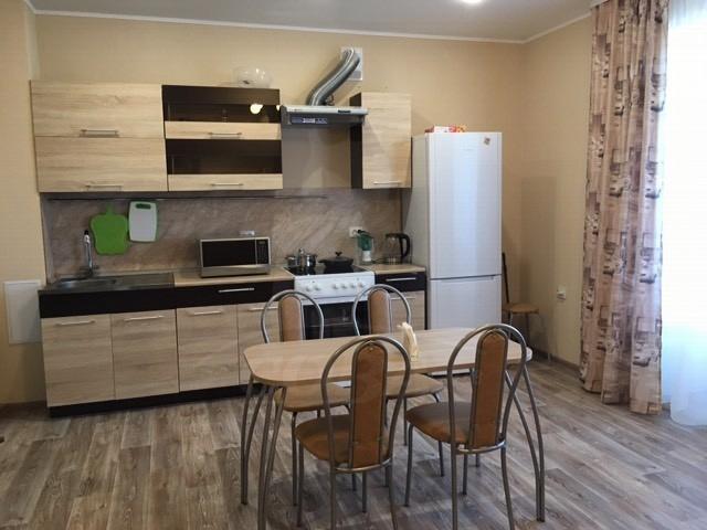 2 комн. квартира в аренду в районе Нагорный Тобольск, ул. микрорайон 7-й А, г. Тобольск