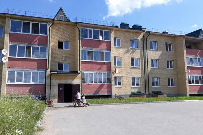 2 комнатная квартира , ул. Центральная, 6, п. Кировский
