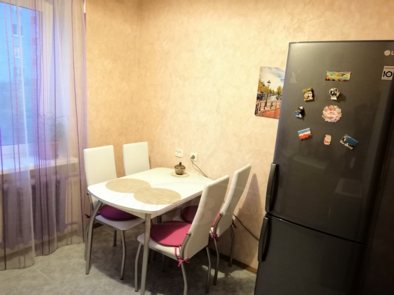 2 комнатная квартира  в районе Южный 2/ Чаплина, ул. Демьяна Бедного, 102, г. Тюмень