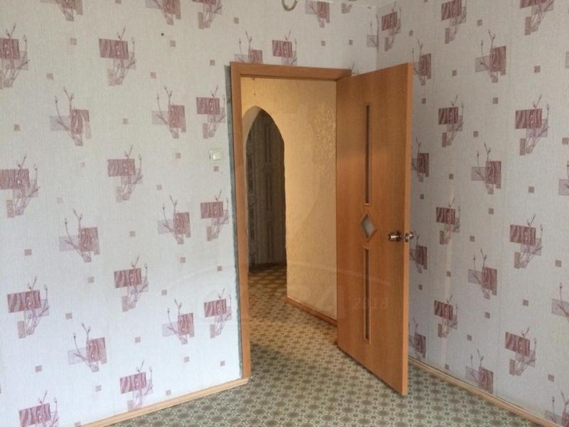 4 комнатная квартира  в районе Нагорный Тобольск, ул. 9-й микрорайон, 14, г. Тобольск
