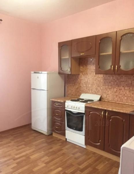 1 комн. квартира в аренду в Заречном мкрн., ул. Щербакова, г. Тюмень