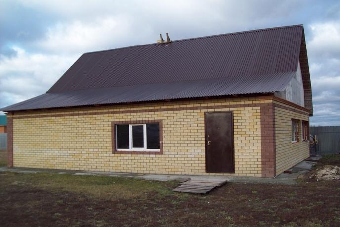 Дом у реки, в районе Центральная часть, д. Есаулова, в районе Старый тобольский
