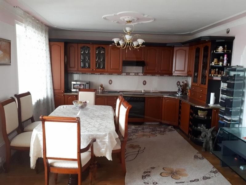 4 комнатная квартира  в Восточном мкрн., ул. 30 лет победы, 132, г. Тюмень