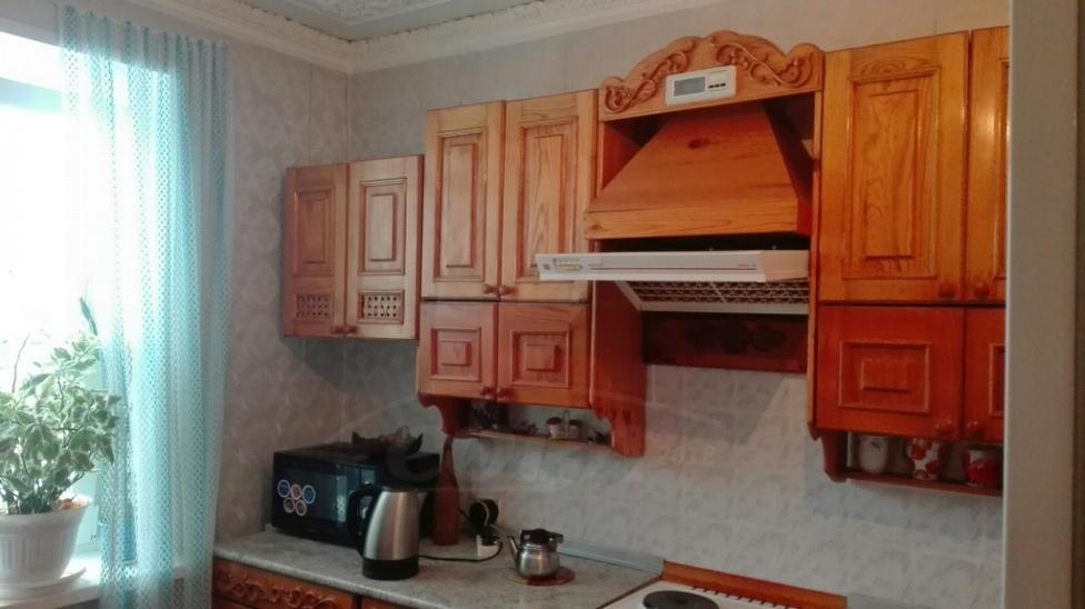 4 комнатная квартира  в районе Нагорный Тобольск, ул. 15-й микрорайон, 4, г. Тобольск