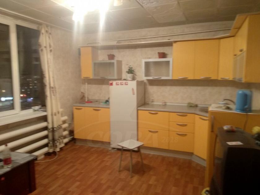 Комната в районе Воровского, ул. Республики, 216, г. Тюмень